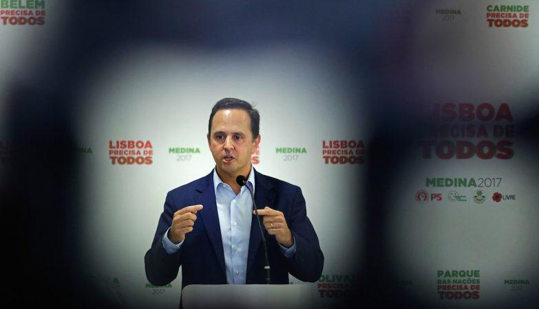 Medina clarifica críticas em público: eram para chefias regionais (e não para Temido)