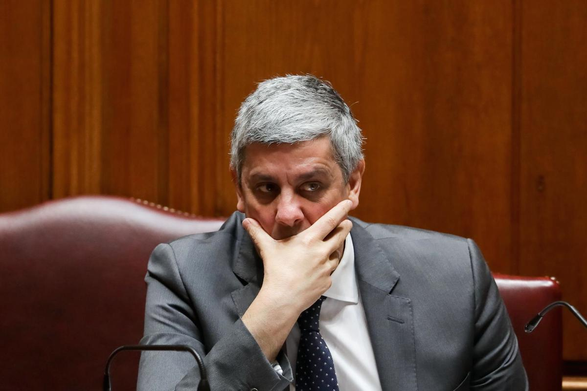 Contas da Câmara de Almada acendem confronto entre Jerónimo e Centeno - ZAP - ZAP