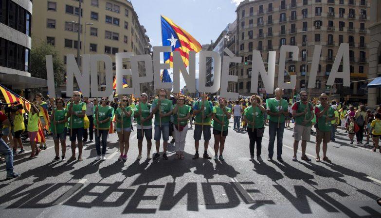 Ministério público dá instruções à polícia para impedir referendo na Catalunha