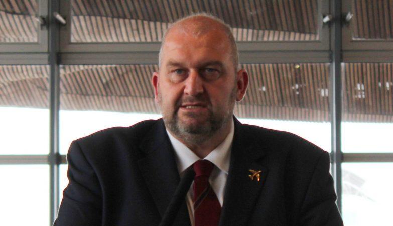 Ministro acusado de assédio encontrado morto
