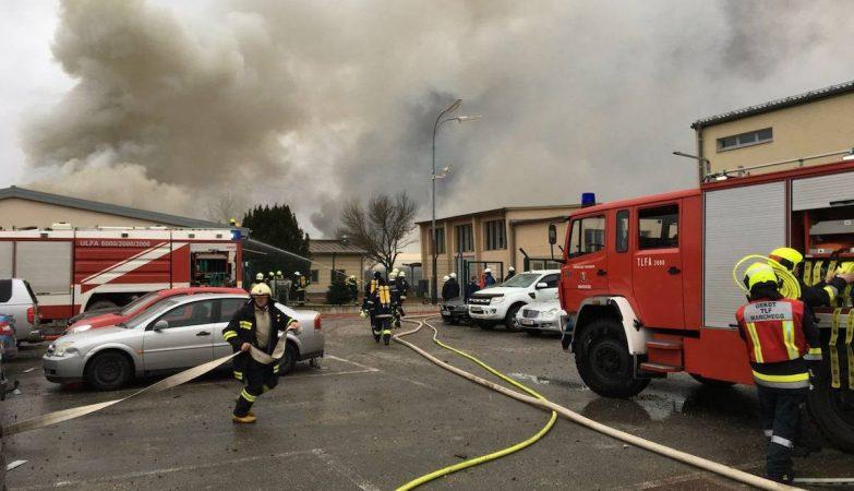 Explosão em terminal de gás deixa 'vários feridos' na Áustria