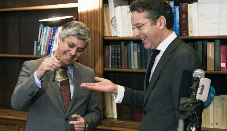 Mário Centeno tocou o sino e já é presidente do Eurogrupo