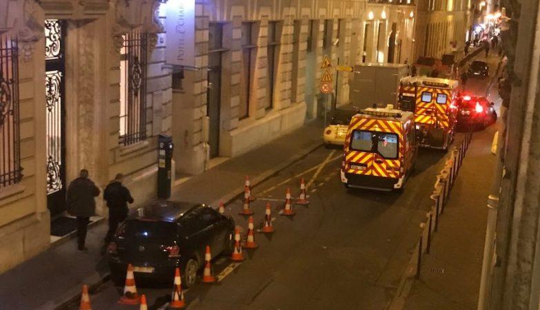 Assaltantes levam milhões em jóias do Ritz de Paris