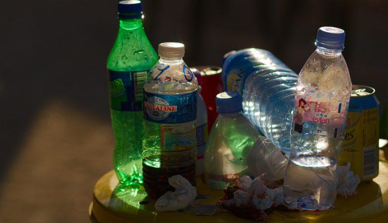 UE quer que todas as embalagens de plástico sejam reutilizáveis até 2030