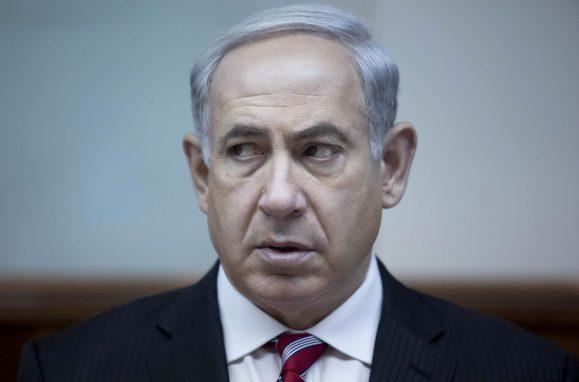 Polícia quer primeiro-ministro de Israel acusado de corrupção