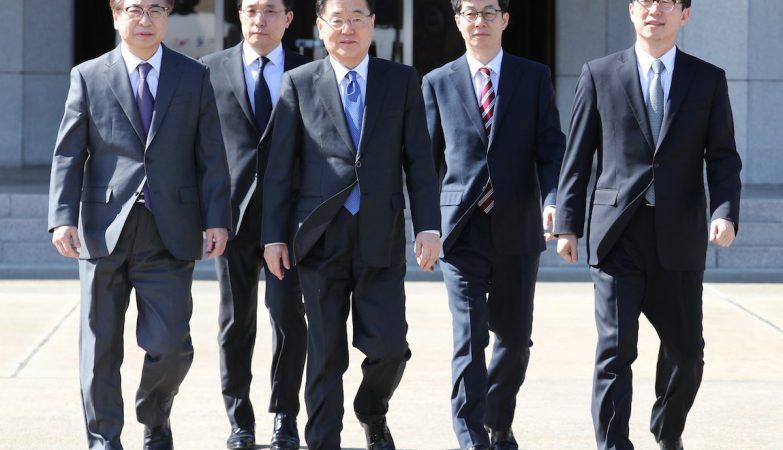 Comitiva sul-coreana vai à Pyongyang para diálogo com Kim