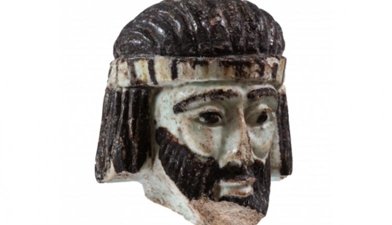 Escultura com 2.800 anos que pode representar rei bíblico