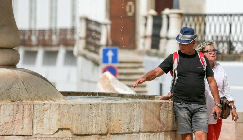 Confederação do Turismo propõe Lay-off simplificado, banco de horas e horário concentrado