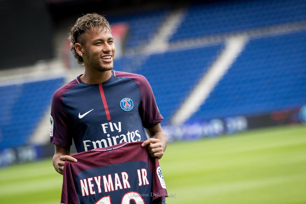 695bd604d9 Fisco espanhol imparável. Neymar investigado por fraude fiscal - ZAP
