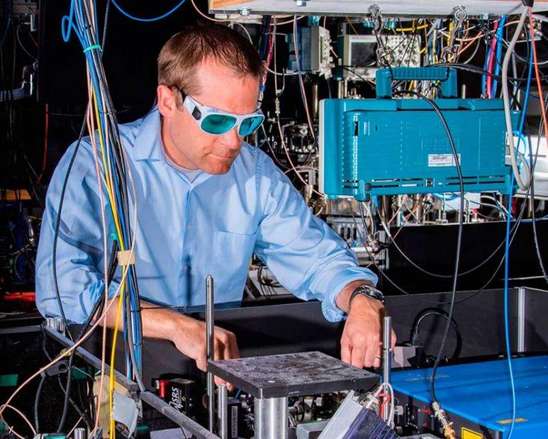 7f860f386c6 Desenvolvido relógio atómico tão preciso que poderá detetar matéria escura