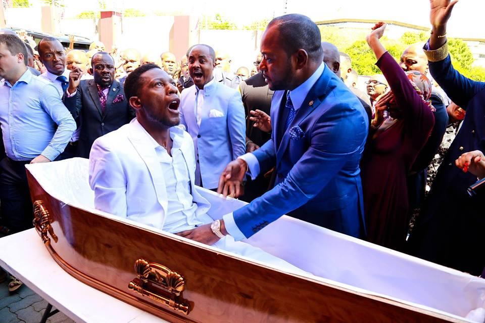 Resultado de imagem para pastor ressurreição