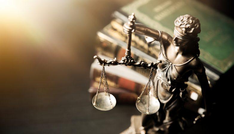 """Super juiz do Tribunal de Menores denunciado por dona de casa de prostituição fala em """"cabala feminista"""""""