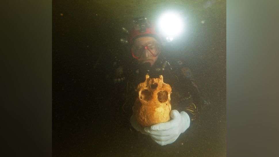 Skeleton of 9900-year-old woman discovered in a submerged cave in Mexico
