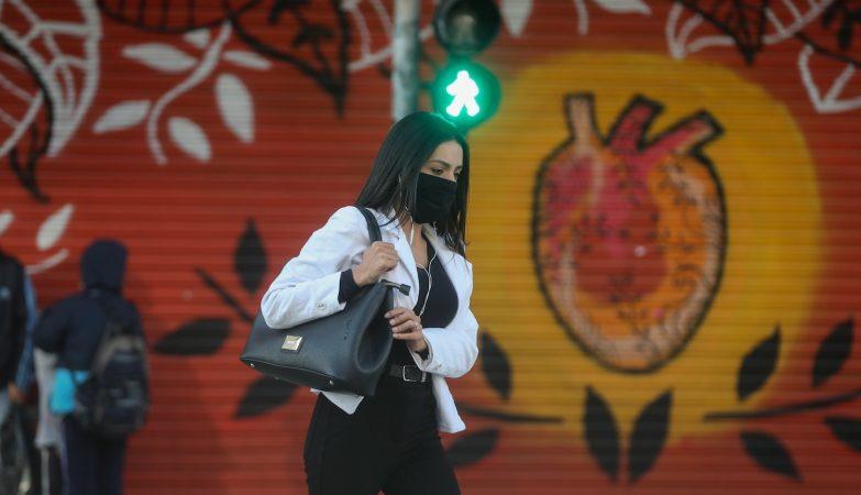 Rio de Janeiro tem mais de 50 mil infetados, mas já iniciou reabertura confusa e gradual