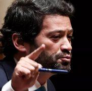 """Ventura celebrou """"noite histórica"""", demitiu-se do Chega e avisou o PSD"""