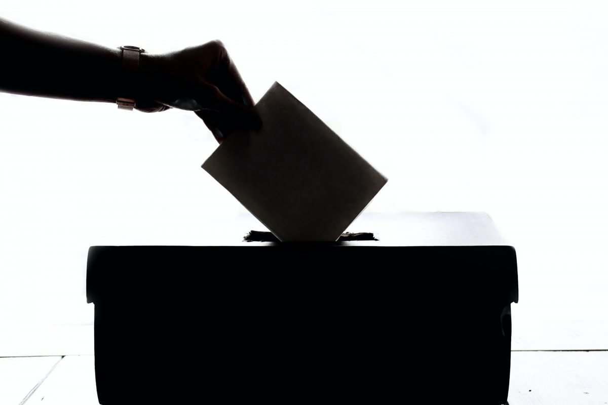 Várias pessoas foram impedidas de votar por terem nome riscado nas listas