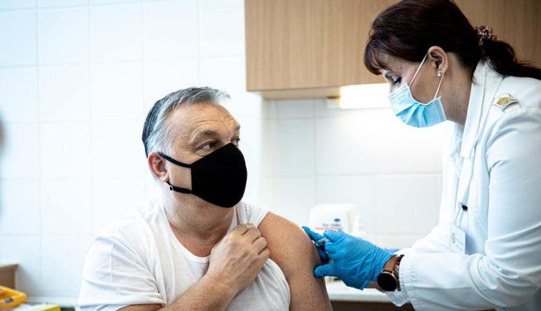UE estima normalidade nas vacinas daqui a duas semanas. Orbán recebeu vacina chinesa