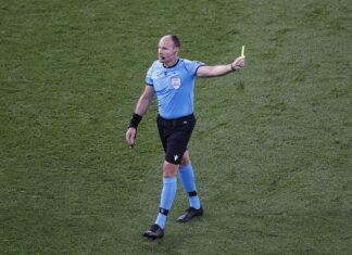 O árbitro Mateu Lahoz